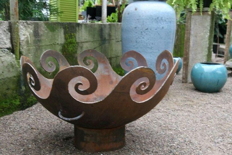 Goldner Walsch Nursery firebowl