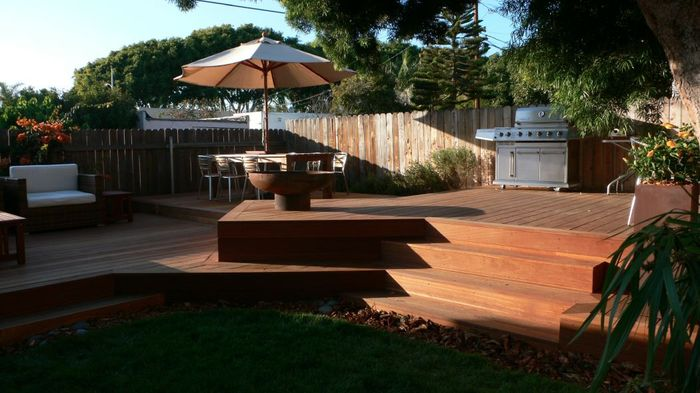 California Deck with Font O' Fire Firebowl
