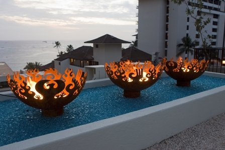 Firebowls at Waikiki Parc Hotel