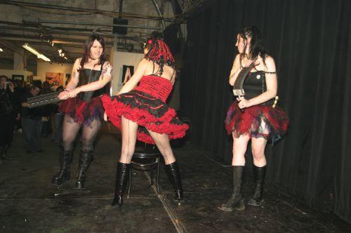 http://johntunger.typepad.com/burning_rubber/images/00/dirty_show_7/spanking4.JPG